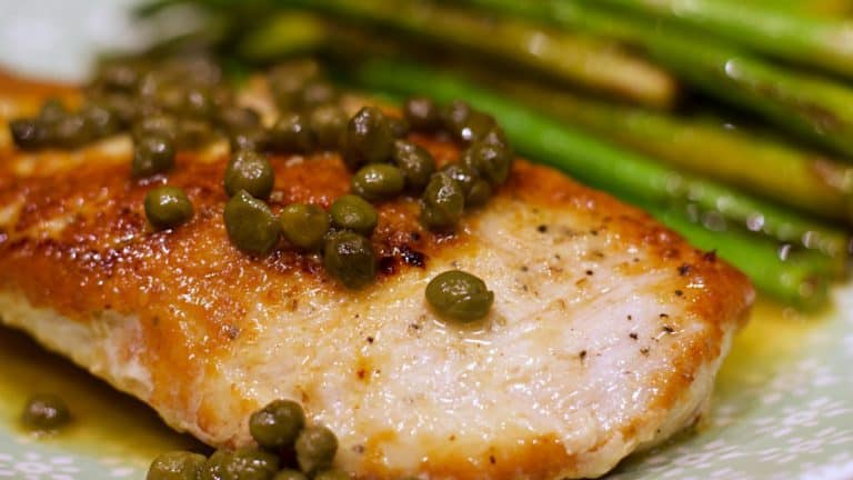 Keto Chicken Piccata Recipe Closeup Wide 2